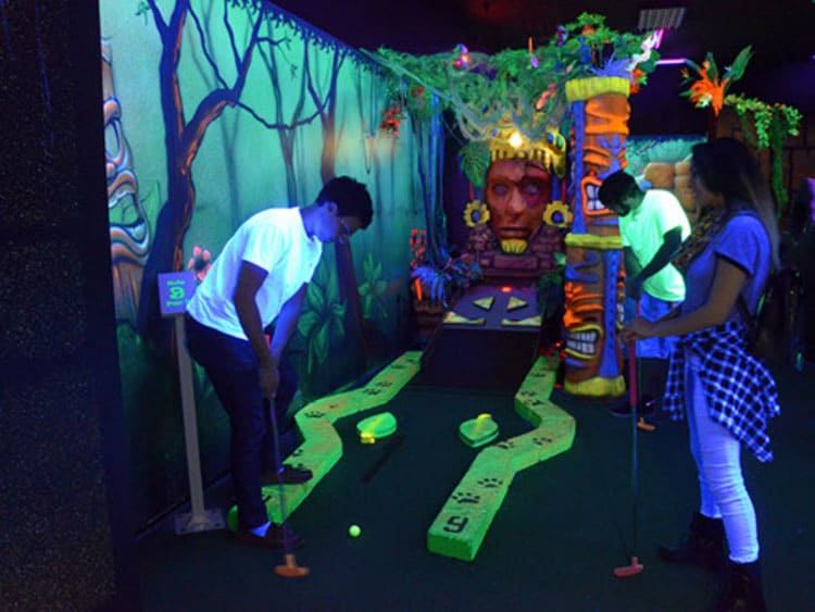 track 21 mini golf standing wide
